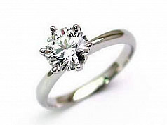 メレダイヤから1粒ダイヤまで、和歌山、大阪でダイヤを少しでも高く売るならユーズにお任せ下さい。