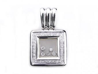 ダイヤモンドのペンダントトップ