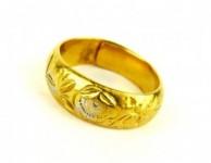 古くなった純金の指輪